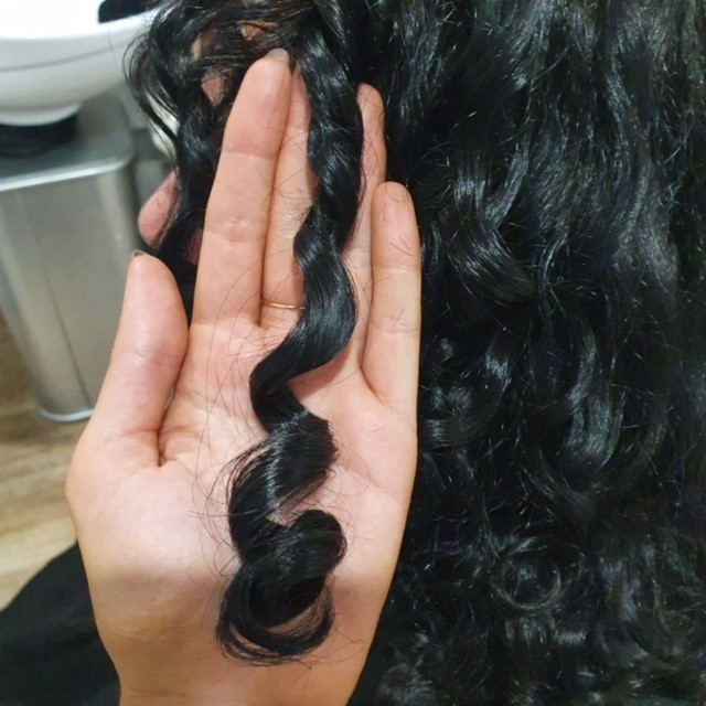 Humectants and Anti Humectants – Why are they important for curly hair?
